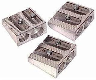 3 包:KUM 1040501 2 孔铅笔刀镁合金楔形轮廓