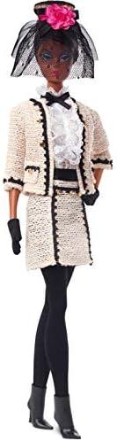 Barbie 芭比 时装模特系列 Best To A Tea 12.5英寸/约31.75厘米 芭比娃娃 签名娃娃,丝般光滑的身体,穿着米色薄纱套装,带有真实性证书