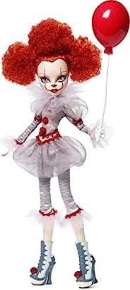Monster High IT Pennywise 收藏版娃娃(12 英寸)穿著小丑服裝的收藏娃娃,帶高級細節和玩偶架,送給收藏家的禮物