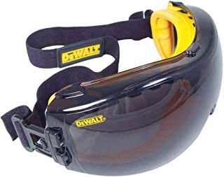 DeWalt DPG82-21 遮瑕 SAFETY 护目镜 - *雾防雾镜片(1 对装)