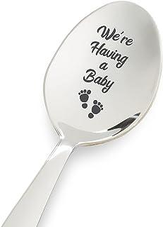 怀孕公告礼物 - 我们有一个婴儿雕刻勺子 | 向丈夫展示婴儿礼物 | 您将成为爸爸礼物 | 送给奶奶/爷爷的礼物 - 7 英寸不锈钢勺子