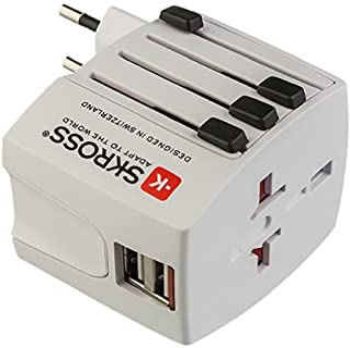 Poly Pool pp2209 通用旅行转换器 带 2 个 USB 和4 个可伸缩插头