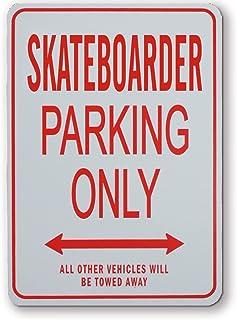 滑板车停车场 - 微型有趣的停车标志