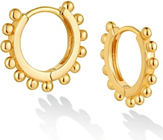 DREMMY STUDIOS 精致的 Huggie 环状耳环 18K 镀金简单可爱流苏串珠心形星星尖头 CZ Huggie 耳环小珠环耳环 极简主义个性化低*性礼物