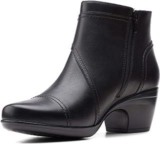 Clarks 女士 Emily Calle 时尚靴子