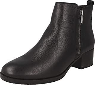 Clarks 女士 Mila Sky Combat 靴子