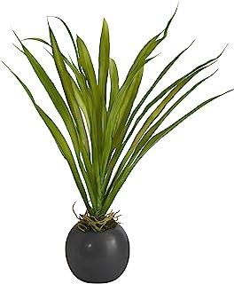 15 英寸(约 38.1 厘米)装饰花盆中的草类人造植物