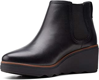 Clarks 女士 Mazy Tisbury 靴子