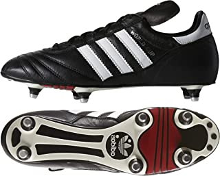 阿迪达斯世界杯男女皆宜的成人足球鞋
