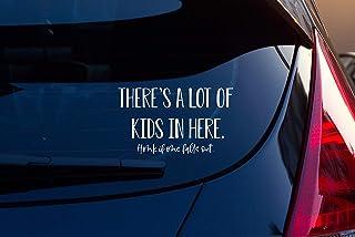 TAMENGI There's A Lot of Kids in Here 汽车贴花,妈妈贴纸,趣味保险杠贴纸,多数妈妈,小型货车配件,爸爸贴纸 - 7 英寸